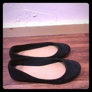 Black Sued Ballet Flats! Never worn! Size 8